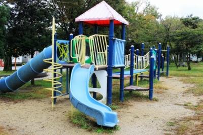 唐橋公園へ行ってきた!(大津市)大型遊具やプールのある瀬田川沿いの公園