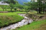 マキノ高原のヨトトギ川は小さい子どもの川遊びにぴったり!